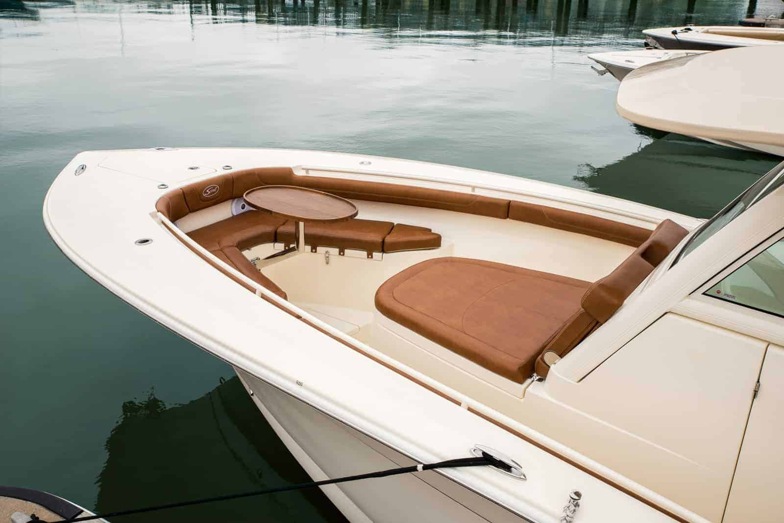 300LXF bow seating with table