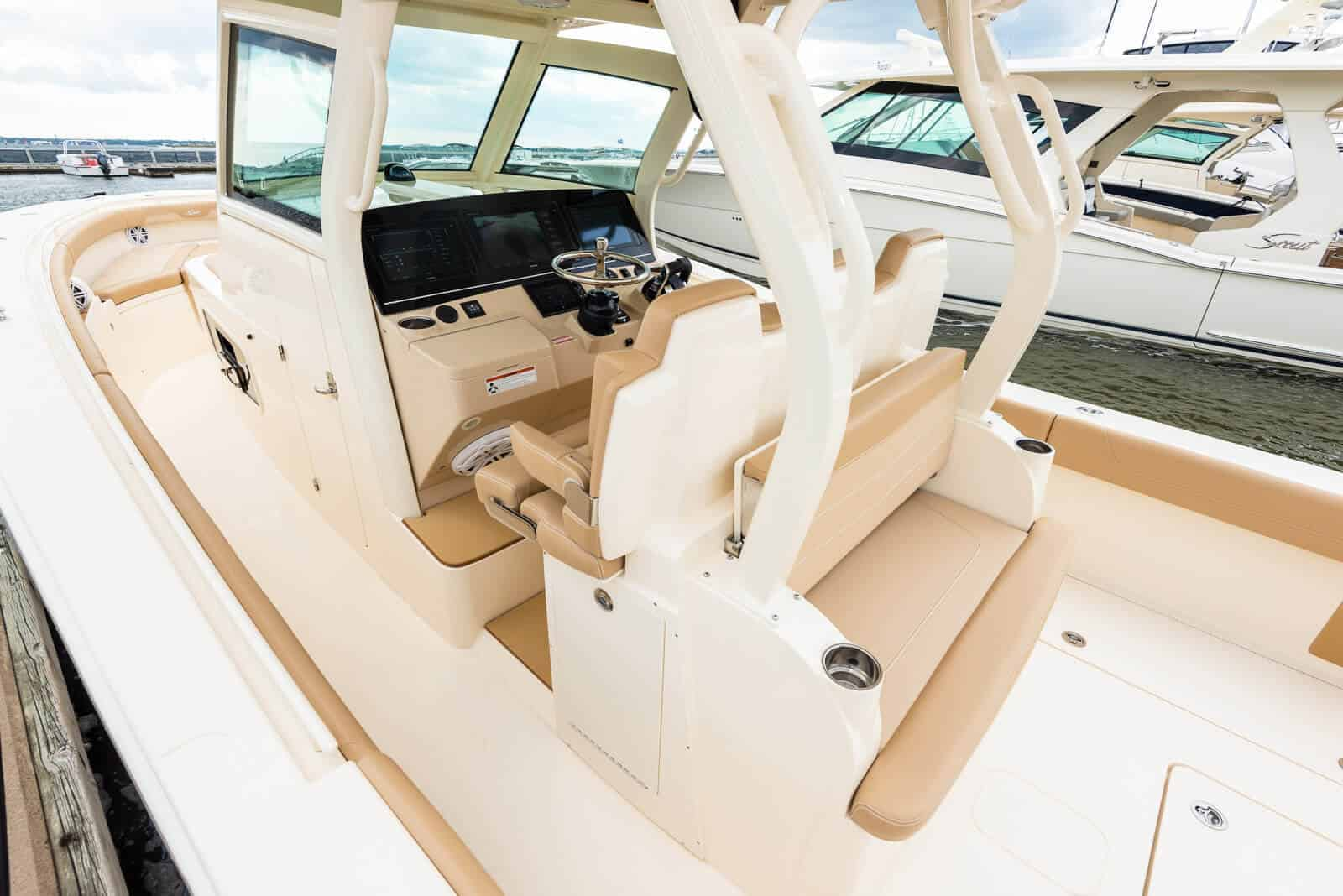 355LXF aft table up