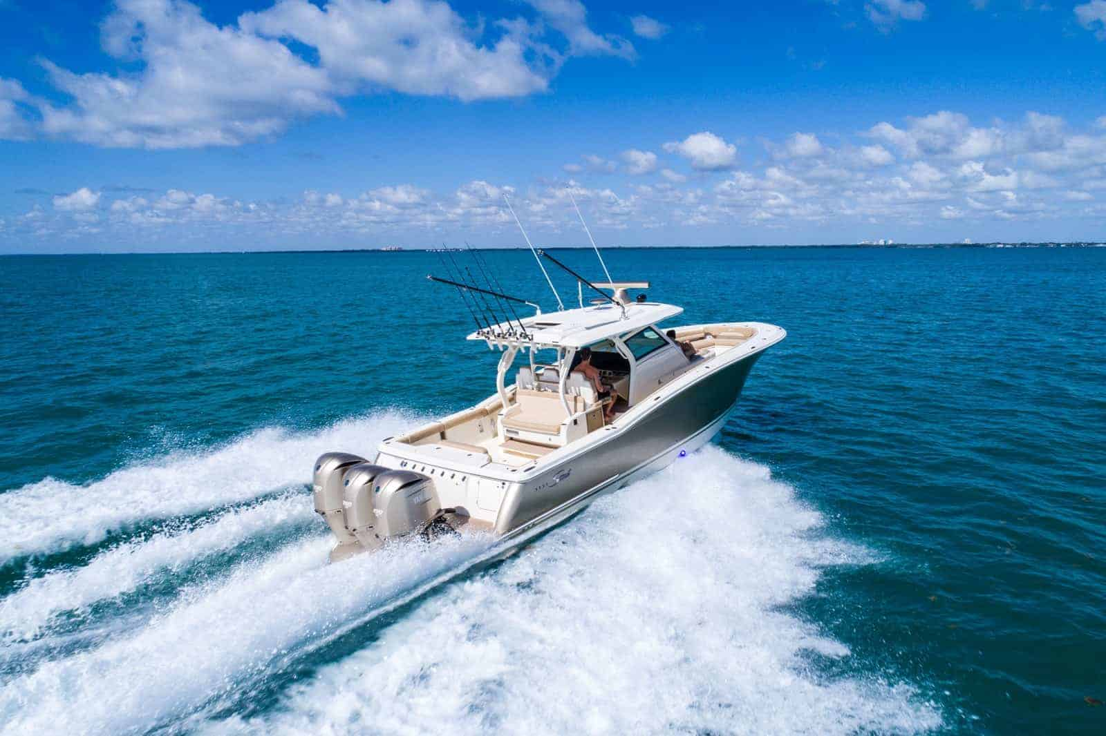 380LXF running down south in Miami