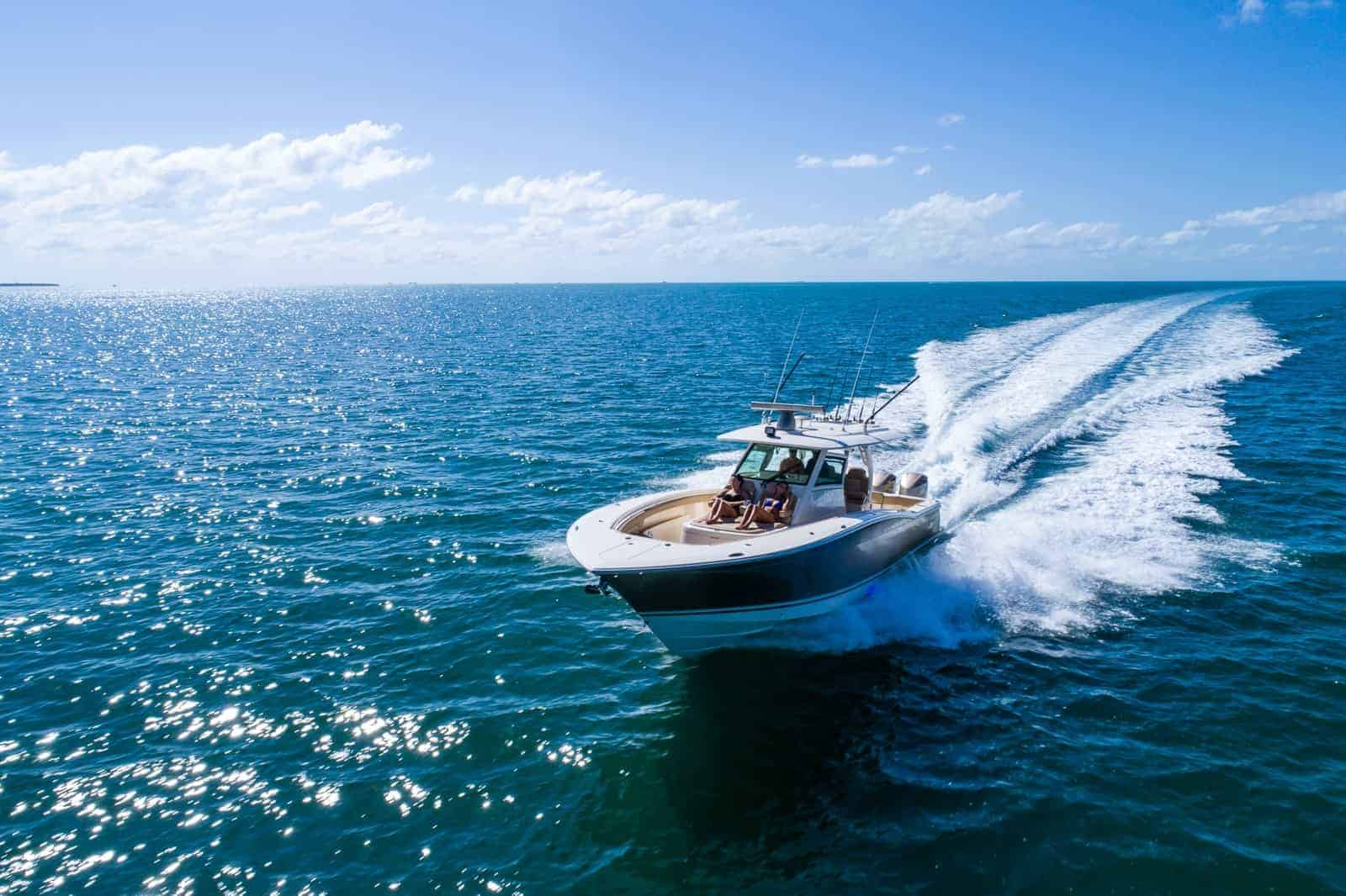 380LXF running with blue water