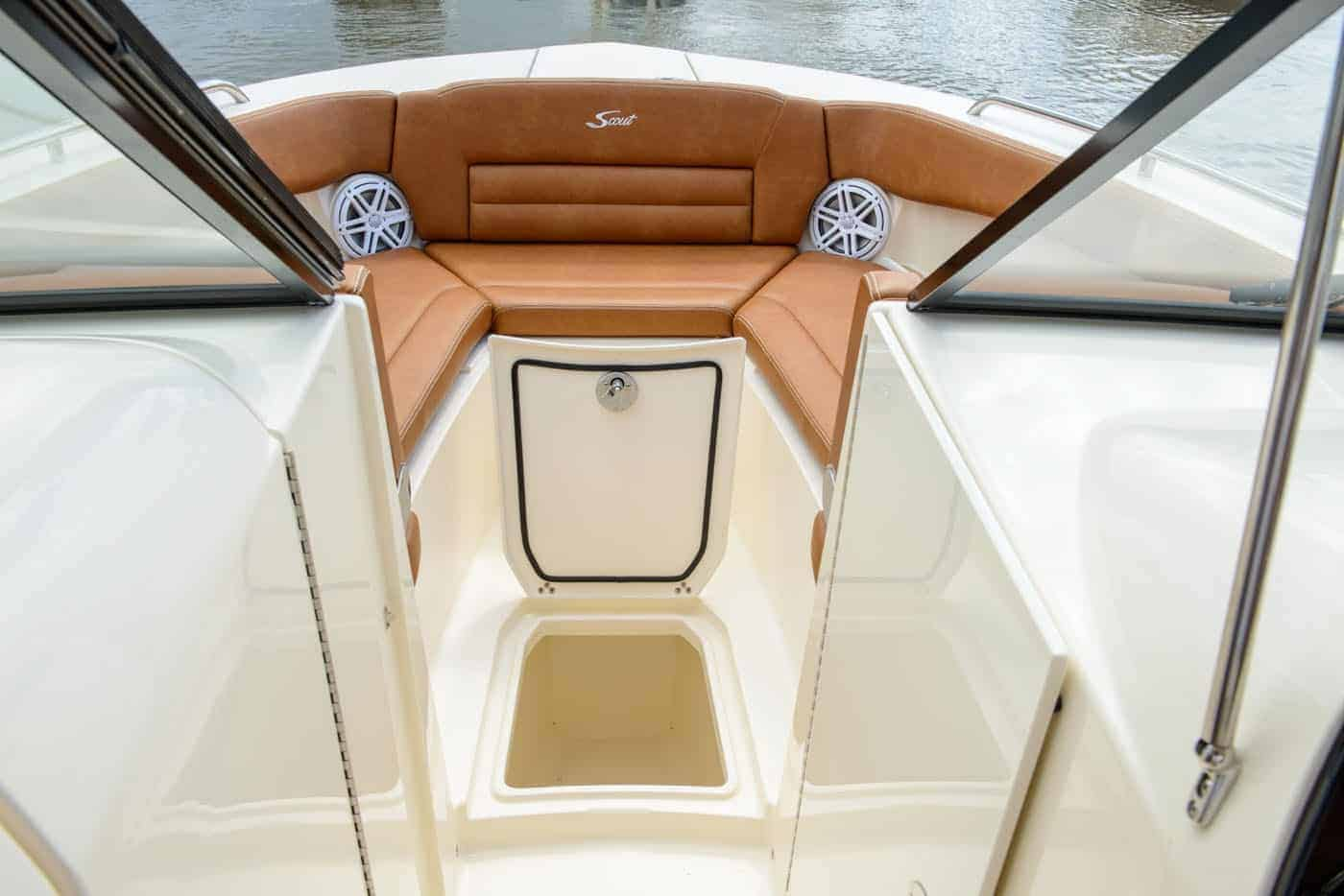255D bow compartment storage area
