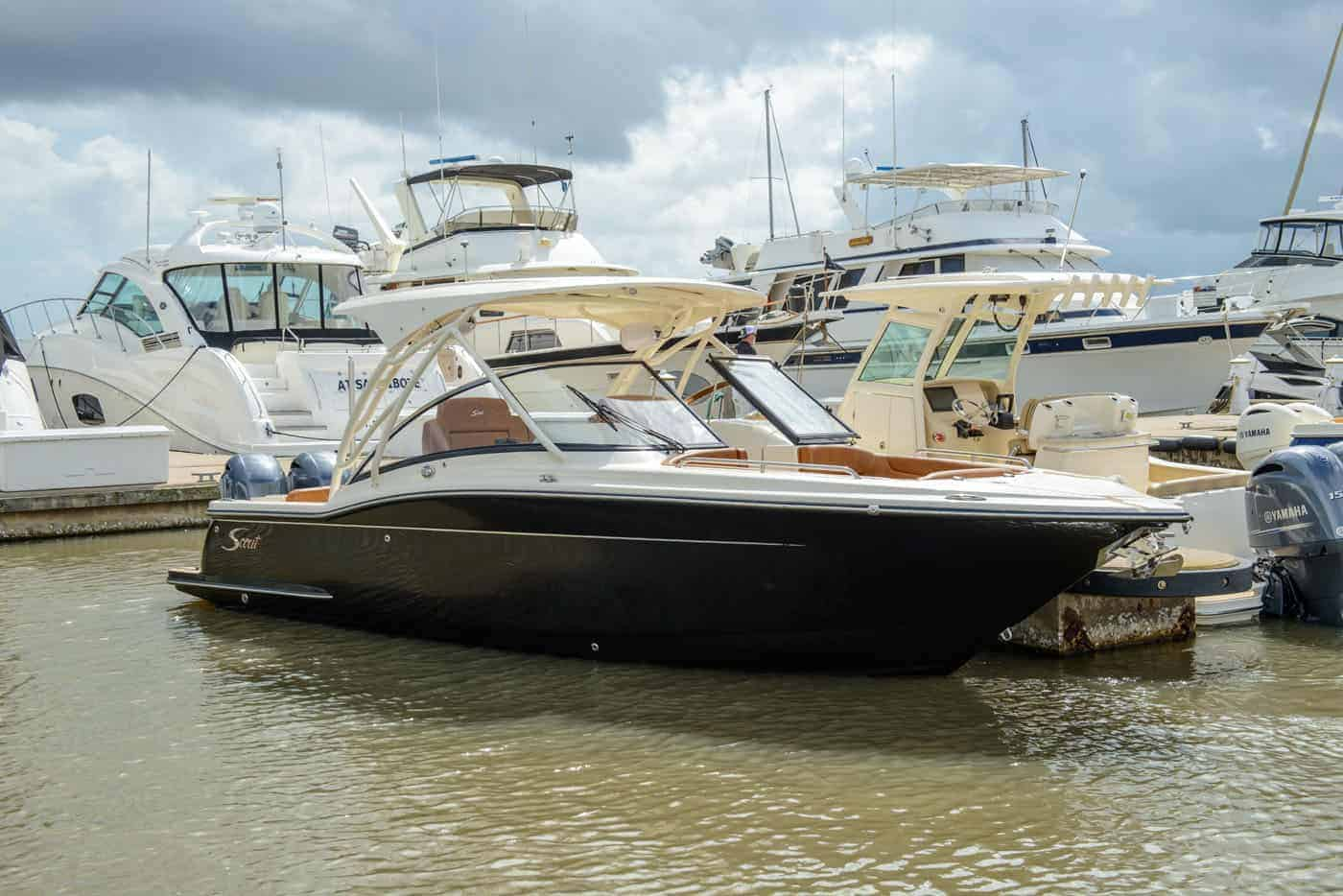 255D black hull with hard top