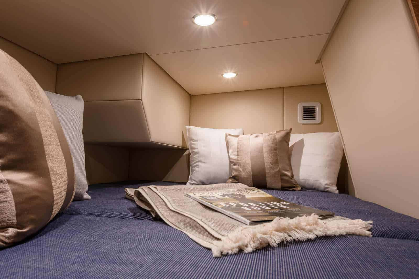 530LXF aft berth with pillows
